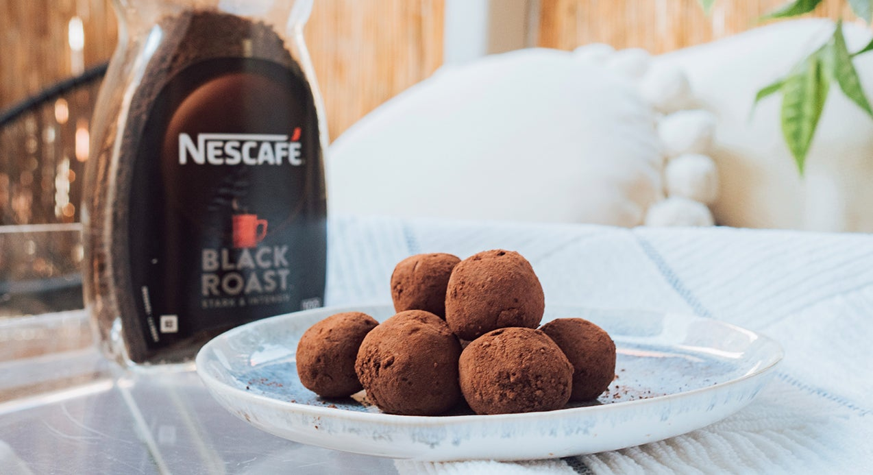 Wake Up Energy Coffee Balls by @biancaolivia