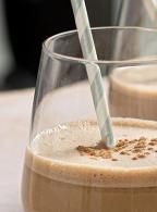 coffee-banana-smoothie-recipe-header-desktop