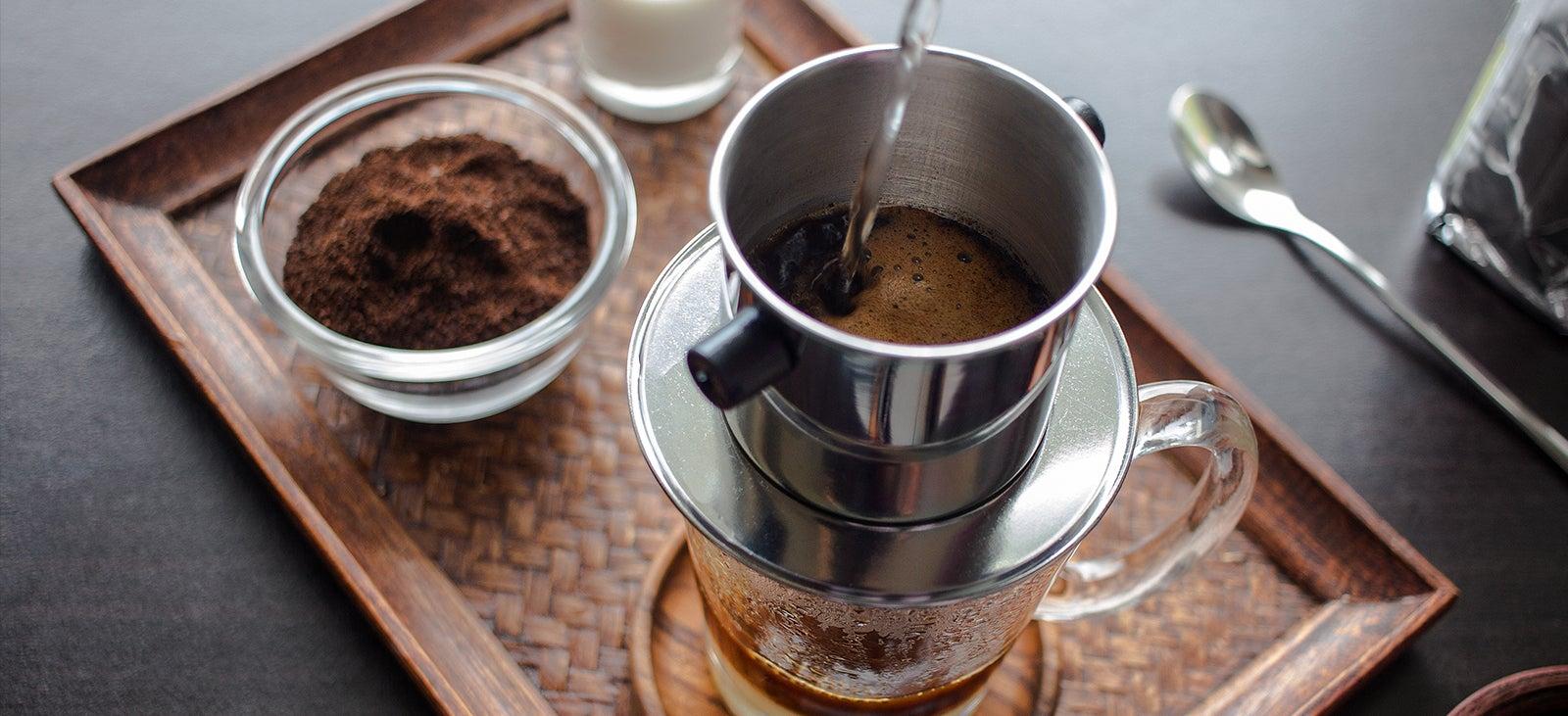 Cà phê pha phin tại nhà