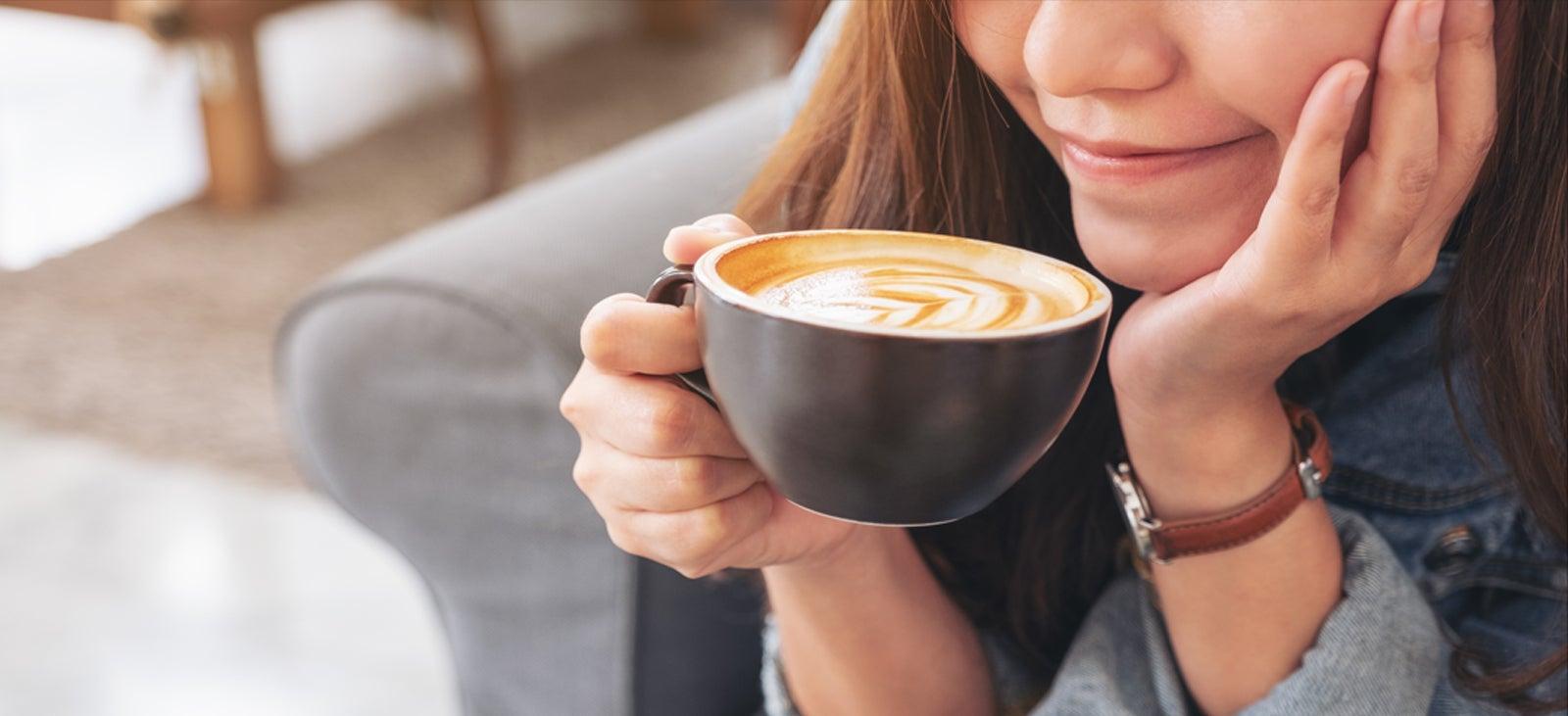 Để nhâm nhi thưởng thức vị cà phê